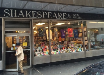 shakespeare-and-co-71.jpg